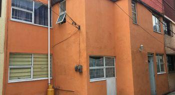 NEX-19316 - Casa en Venta en Arcos Electra, CP 54060, México, con 4 recamaras, con 1 baño, con 90 m2 de construcción.
