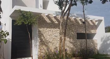 NEX-18945 - Casa en Venta en Conkal, CP 97345, Yucatán, con 3 recamaras, con 3 baños, con 270 m2 de construcción.