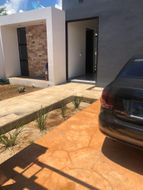 NEX-35164 - Casa en Venta en Tixcuytún, CP 97305, Yucatán, con 4 recamaras, con 3 baños, con 1 medio baño, con 280 m2 de construcción.