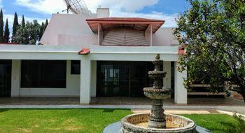 NEX-19770 - Casa en Renta en Vista Hermosa, CP 62290, Morelos, con 3 recamaras, con 3 baños, con 1 medio baño, con 573 m2 de construcción.