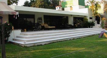 NEX-19773 - Casa en Venta en Vista Hermosa, CP 62290, Morelos, con 4 recamaras, con 4 baños, con 1 medio baño, con 1000 m2 de construcción.