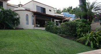 NEX-19783 - Casa en Venta en Sumiya, CP 62563, Morelos, con 4 recamaras, con 5 baños, con 650 m2 de construcción.