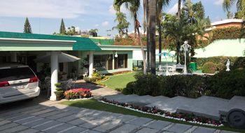 NEX-19787 - Casa en Venta en Vista Hermosa, CP 62290, Morelos, con 3 recamaras, con 3 baños, con 1 medio baño, con 550 m2 de construcción.