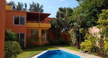 NEX-22899 - Casa en Venta en Lomas de Tetela, CP 62156, Morelos, con 3 recamaras, con 2 baños, con 1 medio baño, con 254 m2 de construcción.