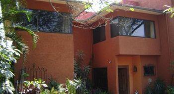 NEX-26261 - Casa en Venta en Acapatzingo, CP 62493, Morelos, con 3 recamaras, con 3 baños, con 1 medio baño, con 430 m2 de construcción.