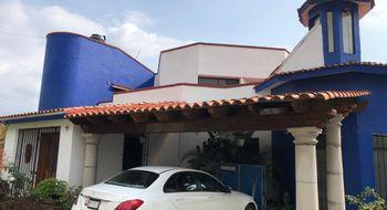 NEX-26760 - Casa en Venta en Sumiya, CP 62563, Morelos, con 4 recamaras, con 4 baños, con 1 medio baño, con 682 m2 de construcción.