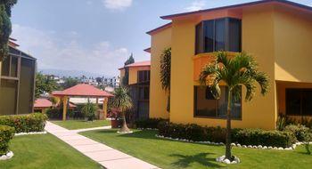 NEX-28479 - Casa en Venta en Provincias del Canadá, CP 62343, Morelos, con 3 recamaras, con 3 baños, con 250 m2 de construcción.