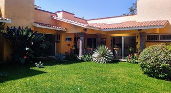 NEX-30742 - Casa en Venta en Kloster Sumiya, CP 62563, Morelos, con 3 recamaras, con 3 baños, con 1 medio baño, con 255 m2 de construcción.