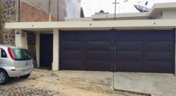 NEX-30824 - Casa en Venta en Lomas de Tetela, CP 62156, Morelos, con 3 recamaras, con 2 baños, con 1 medio baño, con 250 m2 de construcción.