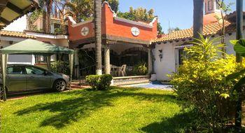 NEX-30897 - Casa en Venta en Vista Hermosa, CP 62290, Morelos, con 6 recamaras, con 4 baños, con 1 medio baño, con 362 m2 de construcción.