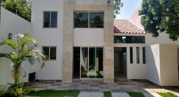 NEX-31157 - Casa en Venta en Vista Hermosa, CP 62290, Morelos, con 3 recamaras, con 3 baños, con 1 medio baño, con 250 m2 de construcción.
