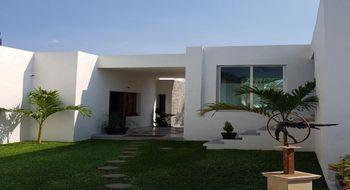 NEX-31217 - Casa en Venta en Rancho Cortes, CP 62120, Morelos, con 3 recamaras, con 2 baños, con 2 medio baños, con 600 m2 de construcción.