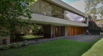 NEX-22579 - Casa en Venta en Jardines del Pedregal, CP 01900, Ciudad de México, con 3 recamaras, con 5 baños, con 1 medio baño, con 700 m2 de construcción.