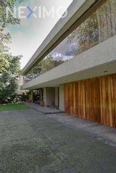 NEX-22579 - Casa en Venta, con 3 recamaras, con 5 baños, con 1 medio baño, con 700 m2 de construcción en Jardines del Pedregal, CP 01900, Ciudad de México.