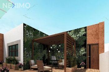NEX-33579 - Casa en Venta en San Ángel, CP 01000, Ciudad de México, con 3 recamaras, con 3 baños, con 232 m2 de construcción.