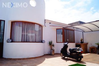 NEX-19136 - Casa en Venta, con 2 recamaras, con 1 baño, con 1 medio baño, con 280 m2 de construcción en Real de Juriquilla, CP 76226, Querétaro.