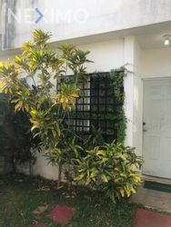 NEX-30273 - Casa en Venta en Supermanzana 55, CP 77533, Quintana Roo, con 3 recamaras, con 2 baños, con 95 m2 de construcción.