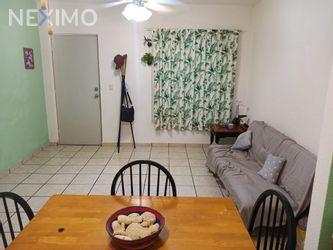 NEX-38517 - Casa en Renta en Supermanzana 57, CP 77533, Quintana Roo, con 2 recamaras, con 1 baño, con 1 medio baño, con 85 m2 de construcción.