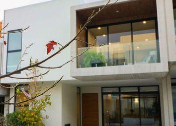 NEX-3122 - Casa en Venta en 2a Del Moral del Pueblo Tetelpan, CP 01700, Ciudad de México, con 3 recamaras, con 3 baños, con 2 medio baños, con 255 m2 de construcción.
