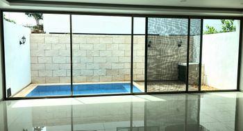 NEX-20954 - Casa en Renta en Los Naranjos, CP 77560, Quintana Roo, con 3 recamaras, con 3 baños, con 1 medio baño, con 200 m2 de construcción.