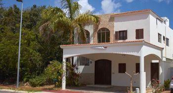 NEX-28910 - Casa en Venta en Residencial Cumbres, CP 77560, Quintana Roo, con 4 recamaras, con 4 baños, con 315 m2 de construcción.