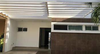NEX-30087 - Casa en Venta en Residencial Cumbres, CP 77560, Quintana Roo, con 3 recamaras, con 2 baños, con 1 medio baño, con 186 m2 de construcción.