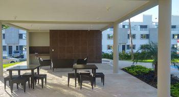 NEX-30211 - Casa en Renta en Jardines del Sur, CP 77536, Quintana Roo, con 3 recamaras, con 3 baños, con 1 medio baño, con 90 m2 de construcción.
