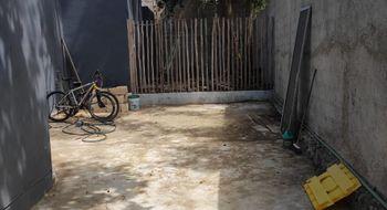 NEX-32112 - Casa en Venta en Cancún Centro, CP 77500, Quintana Roo, con 2 recamaras, con 2 baños, con 200 m2 de construcción.