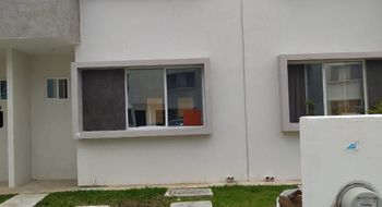 NEX-32454 - Casa en Renta en Supermanzana 313, CP 77533, Quintana Roo, con 3 recamaras, con 3 baños, con 180 m2 de construcción.