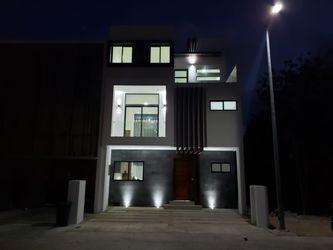 NEX-37526 - Casa en Venta en Arbolada, CP 77533, Quintana Roo, con 4 recamaras, con 4 baños, con 1 medio baño, con 211 m2 de construcción.