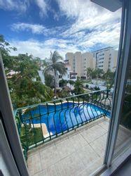 NEX-39531 - Departamento en Renta en Supermanzana 4 Centro, CP 77500, Quintana Roo, con 2 recamaras, con 2 baños, con 1 medio baño, con 160 m2 de construcción.