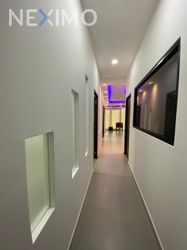 NEX-46543 - Oficina en Renta, con 3 baños, con 7 m2 de construcción en Supermanzana 312, CP 77533, Quintana Roo.