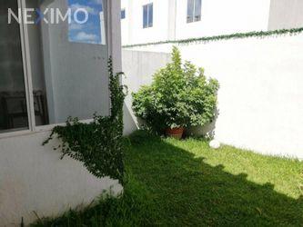 NEX-48083 - Casa en Renta, con 3 recamaras, con 2 baños, con 1 medio baño, con 100 m2 de construcción en Jardines del Sur, CP 77536, Quintana Roo.