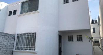 NEX-23983 - Casa en Venta en Misión Candiles, CP 76903, Querétaro, con 2 recamaras, con 2 baños, con 1 medio baño, con 78 m2 de construcción.