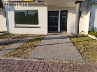 NEX-36376 - Casa en Venta, con 3 recamaras, con 2 baños, con 1 medio baño, con 128 m2 de construcción en Residencial el Refugio, CP 76146, Querétaro.
