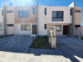 NEX-40435 - Casa en Venta, con 3 recamaras, con 2 baños, con 1 medio baño, con 133 m2 de construcción en Altos del Marqués, CP 76146, Querétaro.