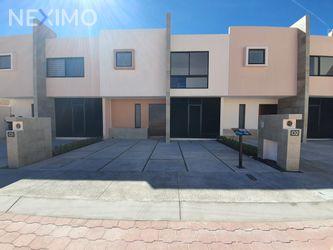 NEX-41119 - Casa en Venta, con 3 recamaras, con 2 baños, con 1 medio baño, con 127 m2 de construcción en Altos del Marqués, CP 76146, Querétaro.
