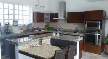 NEX-21324 - Casa en Venta en Temozon Norte, CP 97302, Yucatán, con 4 recamaras, con 3 baños, con 1 medio baño, con 400 m2 de construcción.