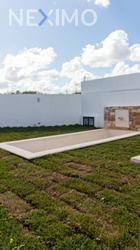 NEX-40912 - Casa en Venta, con 3 recamaras, con 3 baños, con 140 m2 de construcción en Chichi Suárez, CP 97306, Yucatán.