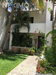 NEX-47506 - Casa en Venta, con 3 recamaras, con 3 baños, con 1 medio baño, con 220 m2 de construcción en San Ramon Norte I, CP 97117, Yucatán.