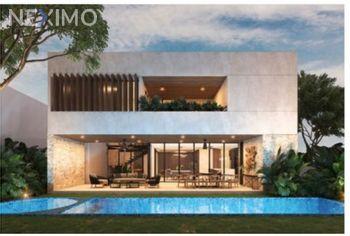 NEX-50978 - Casa en Venta, con 3 recamaras, con 4 baños, con 1 medio baño, con 400 m2 de construcción en Yucatán Country Club, CP 97308, Yucatán.