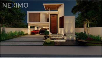 NEX-51720 - Casa en Venta, con 5 recamaras, con 7 baños, con 557 m2 de construcción en Jardines de Rejoyada, CP 97307, Yucatán.