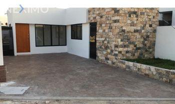 NEX-52209 - Casa en Venta, con 2 recamaras, con 2 baños, con 105 m2 de construcción en Chichi Suárez, CP 97306, Yucatán.