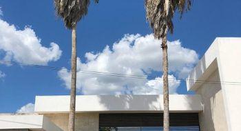 NEX-21801 - Casa en Venta en Temozon Norte, CP 97302, Yucatán, con 3 recamaras, con 4 baños, con 2 medio baños, con 672 m2 de construcción.