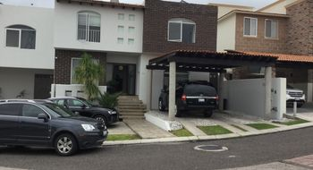 NEX-21833 - Casa en Venta en Colinas del Bosque 2a Sección, CP 76905, Querétaro, con 5 recamaras, con 6 baños, con 1 medio baño, con 1140 m2 de construcción.