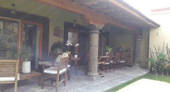 NEX-21864 - Casa en Venta en Colinas del Bosque 1a Sección, CP 76904, Querétaro, con 3 recamaras, con 3 baños, con 1 medio baño, con 702 m2 de construcción.