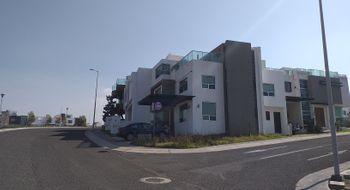 NEX-30860 - Casa en Renta en El Mirador, CP 76246, Querétaro, con 4 recamaras, con 3 baños, con 1 medio baño, con 254 m2 de construcción.