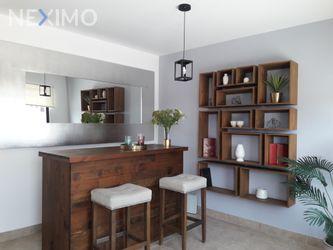 NEX-31259 - Casa en Venta, con 3 recamaras, con 2 baños, con 1 medio baño, con 151 m2 de construcción en Residencial el Refugio, CP 76146, Querétaro.