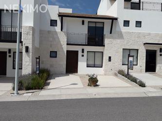 NEX-31259 - Casa en Venta, con 3 recamaras, con 2 baños, con 1 medio baño, con 128 m2 de construcción en Residencial el Refugio, CP 76146, Querétaro.
