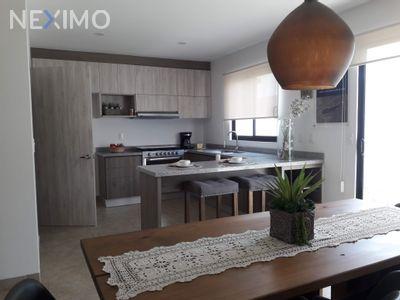 Casa en Venta en Residencial el Refugio, Querétaro, Querétaro | NEX-31259 | Neximo | Foto 2 de 5